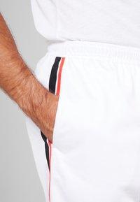 Reebok - TRICOT SHORT - Short de sport - white - 3