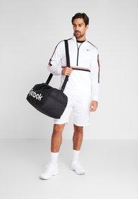 Reebok - TRICOT SHORT - Short de sport - white - 1