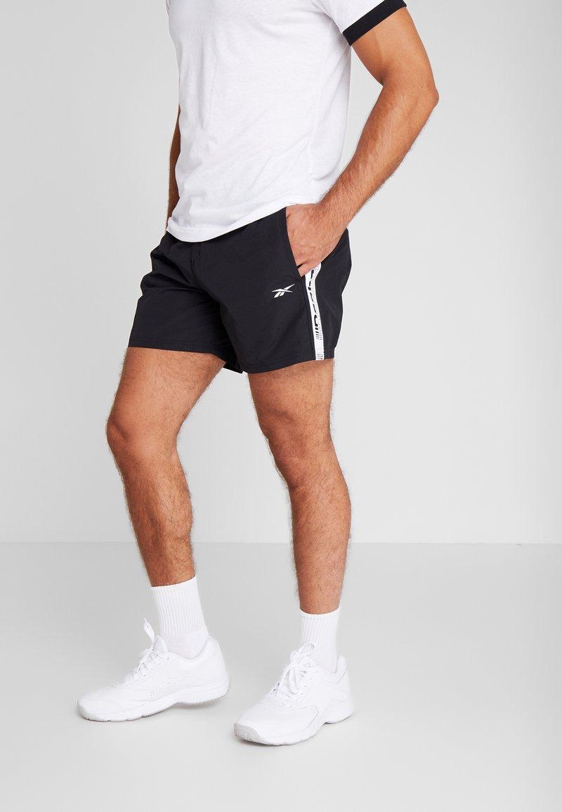 Reebok - Pantalón corto de deporte - black