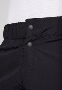 Reebok - Pantalón corto de deporte - black - 5