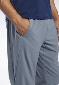 Reebok - WORKOUT READY TRACKSTER PANTS - Tracksuit bottoms - grey - 3