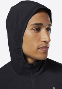 Reebok - TRAINING ESSENTIALS WOVEN JACKET - Giacca sportiva - black - 5