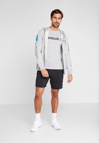 Reebok - SPORT GRAPHIC HODDIE PULLOVER - Zip-up hoodie - grey - 1
