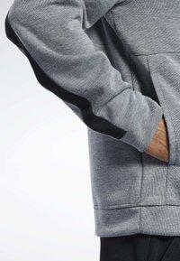 Reebok - WORKOUT READY HOODIE - veste en sweat zippée - grey - 5