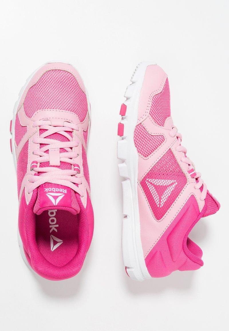 Reebok - YOURFLEX TRAIN 10 - Obuwie treningowe - light pink/pink/white