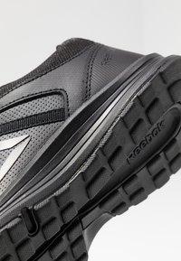 Reebok - ALMOTIO 4.0 - Neutral running shoes - black - 5