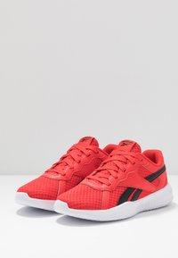 Reebok - FLEXAGON ENERGY 2.0 - Sports shoes - rad red/black - 3