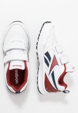 ALMOTIO 5.0 - Obuwie do biegania treningowe - white/red/collegiate navy