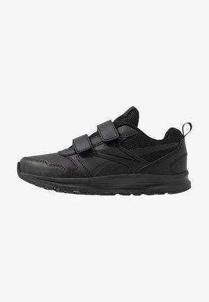 ALMOTIO 5.0 - Neutrální běžecké boty - black