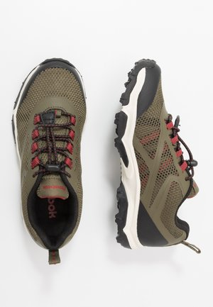RUGGED RUNNER - Trail running shoes - army green/black/red