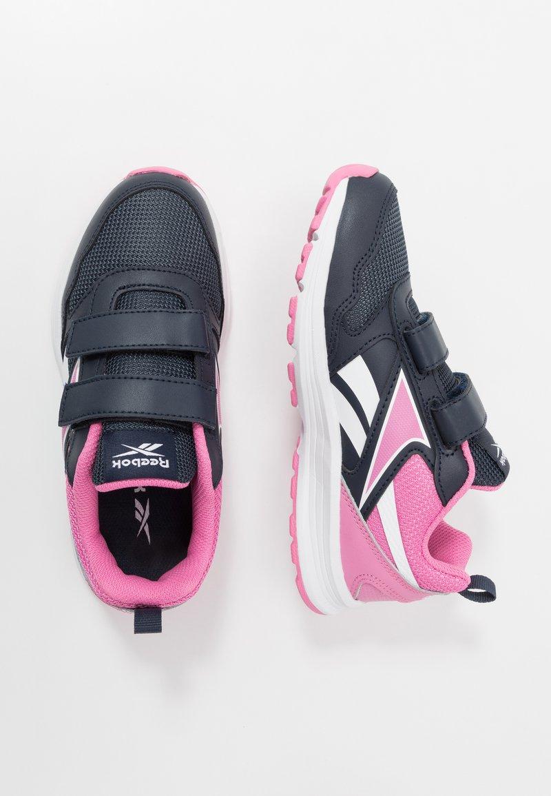 Reebok - ALMOTIO 5.0 2V - Obuwie do biegania treningowe - core navy/posh pink/white