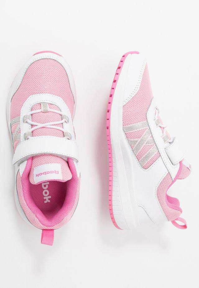 ROAD SUPREME - Zapatillas de running neutras - white/pixel pink/posh pink