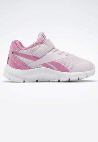 Reebok - REEBOK RUSH RUNNER 2.0 SHOES - Obuwie do biegania treningowe - pixel pink - 5