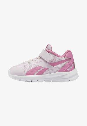 REEBOK RUSH RUNNER 2.0 SHOES - Chaussures de running neutres - pixel pink