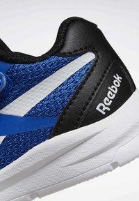 Reebok - RUSH RUNNER 2.0 - Obuwie do biegania treningowe - humble blue - 6