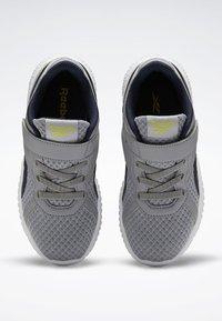 Reebok - REEBOK FLEXAGON ENERGY 2.0 SHOES - Obuwie do biegania treningowe - pure grey - 1