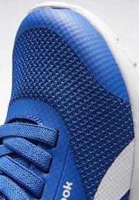 Reebok - Obuwie do biegania treningowe - humble blue - 7