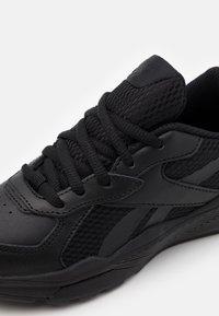 Reebok - XT SPRINTER - Chaussures de running neutres - black - 5