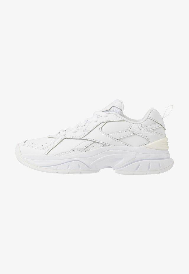 RBK XEONA - Sportschoenen - white/silver metallic
