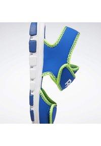 Reebok - WAVE GLIDER III SANDALS - Sandales de randonnée - blue - 10