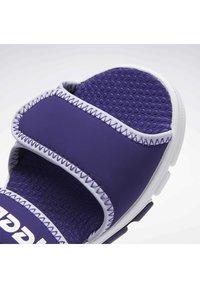 Reebok - WAVE GLIDER III SANDALS - Sandales - purple - 8