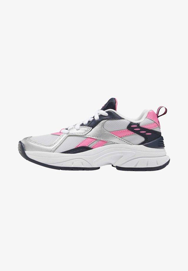 REEBOK XEONA SHOES - Sneakers - silver