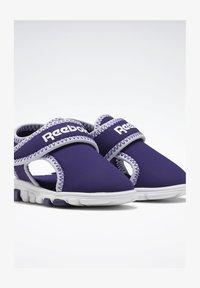 Reebok - WAVE GLIDER III SANDALS - Sandales de randonnée - purple - 1