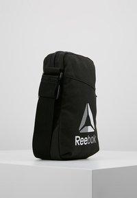 Reebok - CITY BAG - Schoudertas - black - 3