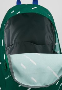 Reebok - WOR FOLLOW  - Reppu - green - 4