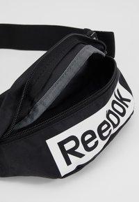 Reebok - LINEAR LOGO WAISTBAG - Heuptas - black - 5