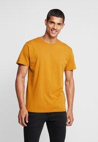 RVLT - T-Shirt basic - yellow - 0