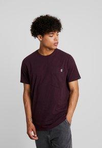 RVLT - T-shirt z nadrukiem - bordeaux - 0