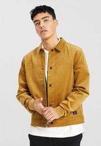RVLT - Summer jacket - camel - 0