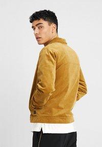 RVLT - Summer jacket - camel - 2