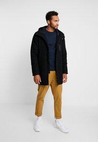 RVLT - Zimní kabát - black - 1