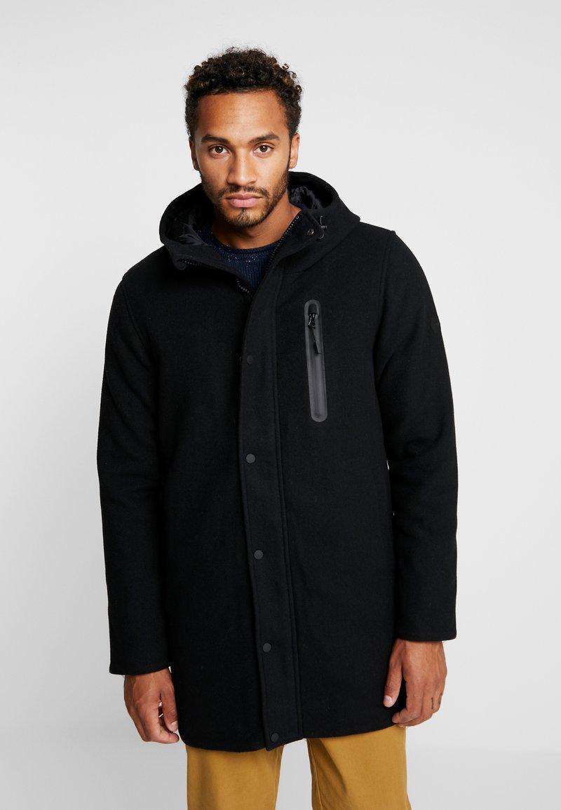 RVLT - Zimní kabát - black