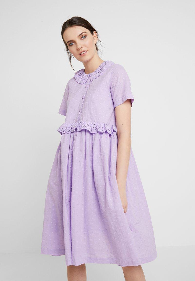 Résumé - NOA DRESS - Denní šaty - lilac