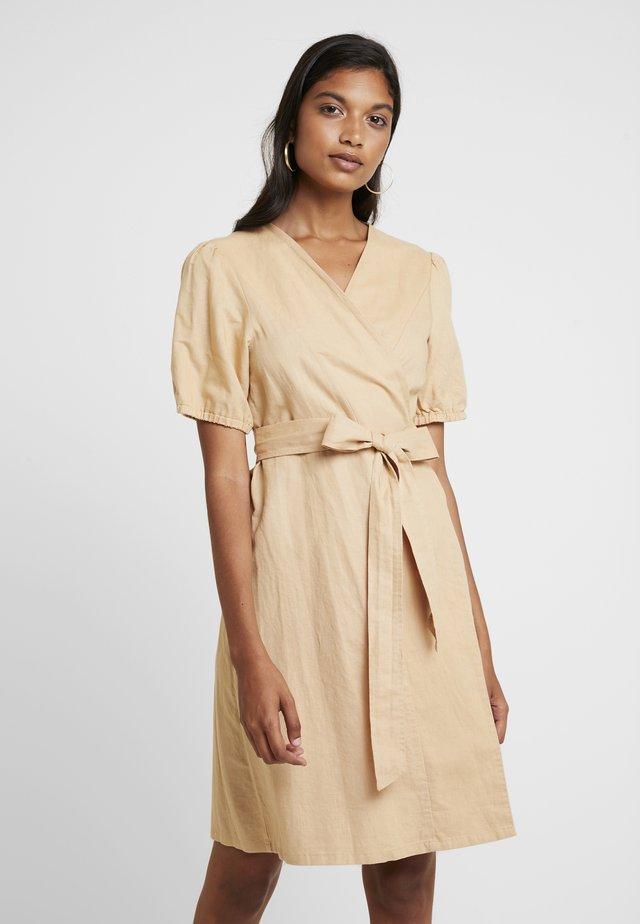 OTHEA DRESS - Kjole - beige