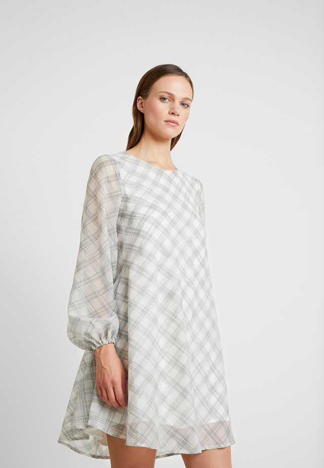 PHILIPPA DRESS - Kjole - white