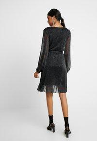 Résumé - ROSE DRESS - Vestito estivo - black - 3