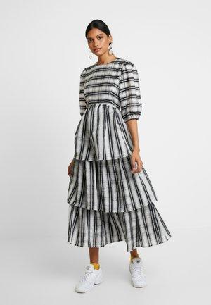 ROBERTA DRESS - Maxi šaty - black