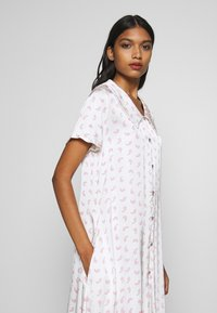 Résumé - TEDDY DRESS - Day dress - white - 3