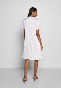 Résumé - TEDDY DRESS - Day dress - white - 2