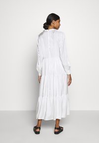 Résumé - TALA DRESS - Kjole - white - 2