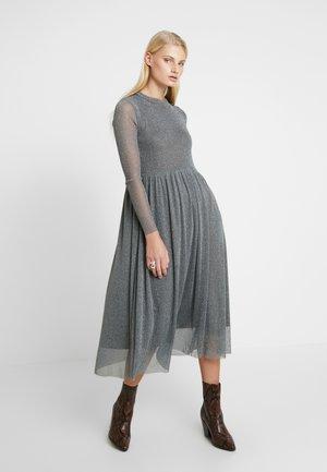 SURI DRESS - Kjole - silver blue