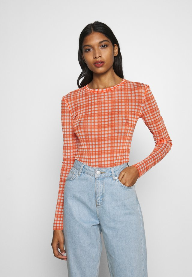 TOBY BLOUSE - Topper langermet - neon orange