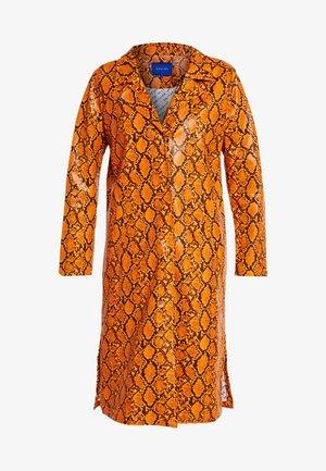LEIA - Trenchcoat - orange