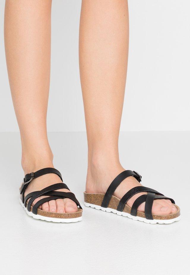 ESHITA - Pantofle - black