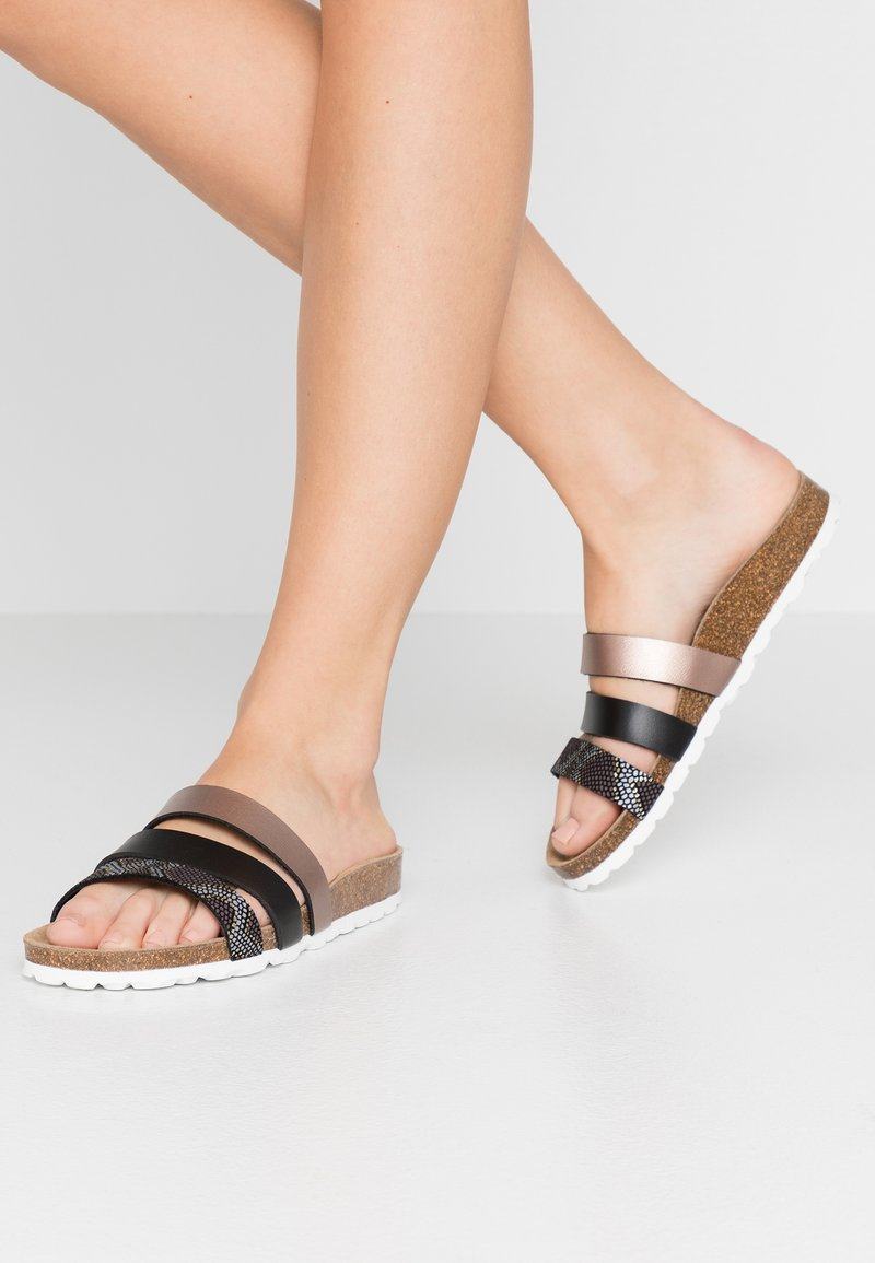 RE:DESIGNED - TAIMI - Sandaler - multicolor