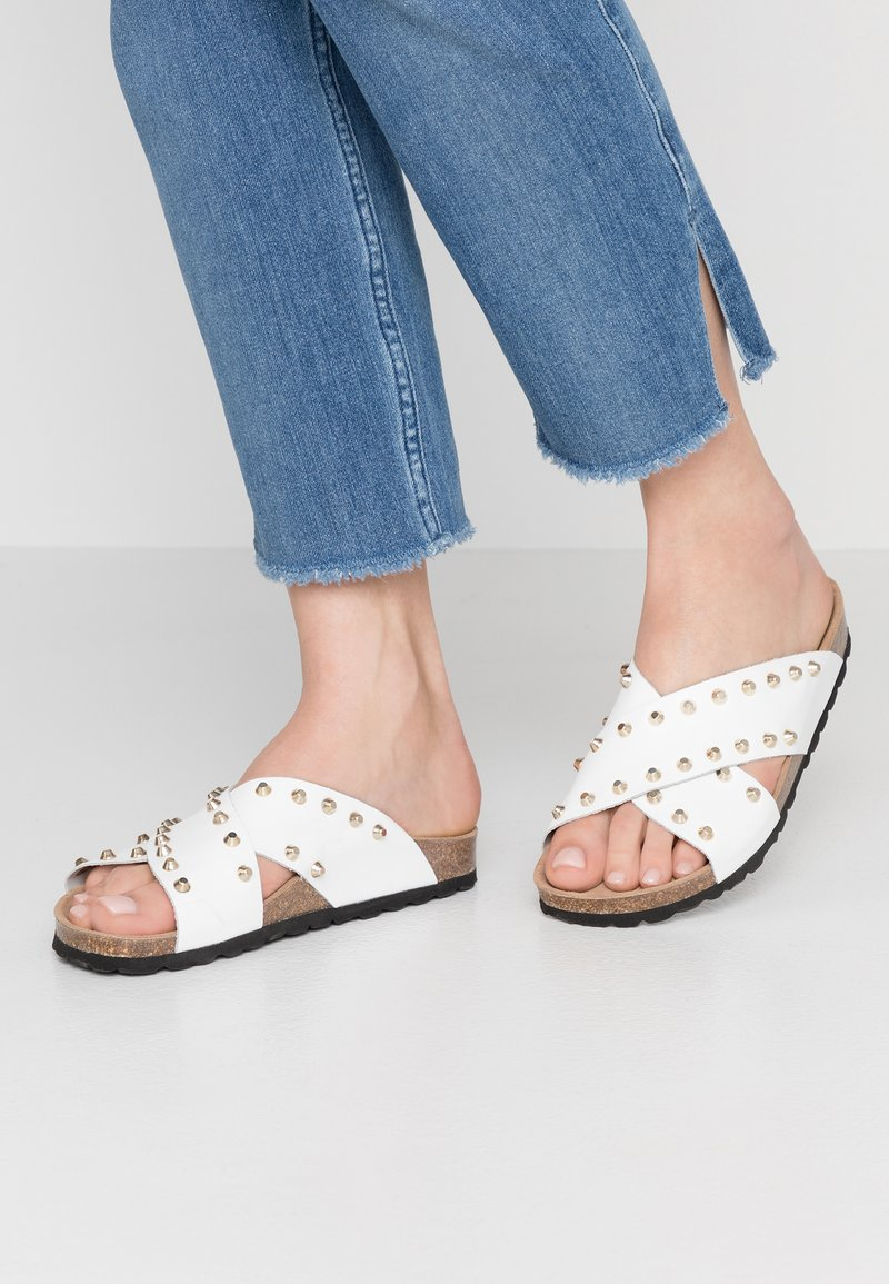 RE:DESIGNED - NALA STUDS  - Mules - white